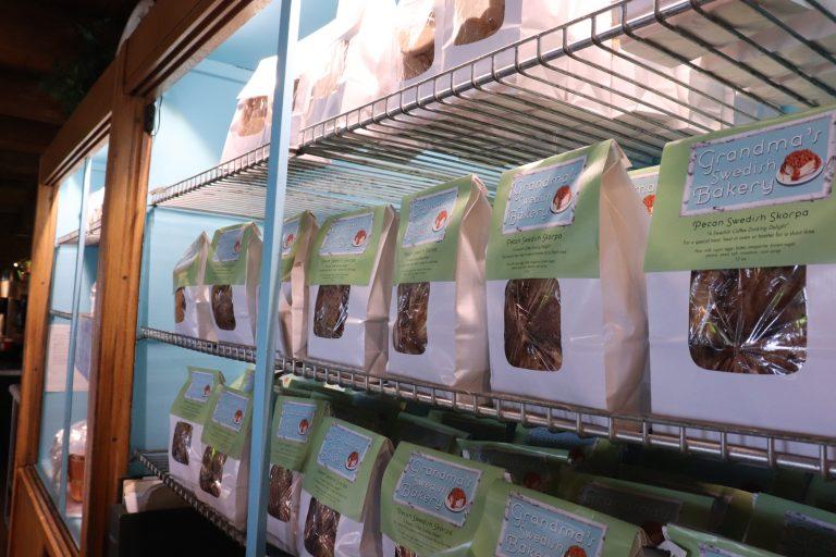 Bags of skorpa on display.